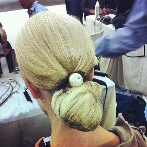 Chanel pearl hair bauble